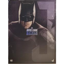 Hot Toys Justice League 1/6 Scale Batman Deluxe Version