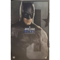 Hot Toys Justice League 1/6 Scale Batman