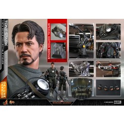 Hot Toys Iron Man 1/6 Scale Tony Stark (Mech Test Version) Deluxe Exclusive Version
