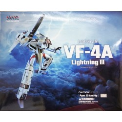 Arcadia Super Dimension Fortress Macross Flash Back 2012 1/60 VF-4A Lightning III Hikaru Ichijyou