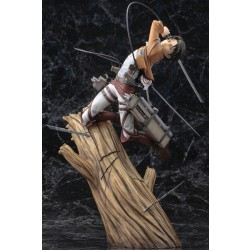 Kotobukiya ARTFX J Attack on Titan 1/8 Levi Renewal Package ver.