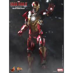 Hot Toys Iron Man 3 1/6 Scale Heartbreaker Mark 17 (XVII) 外盒一角破損  (FREE shipping)