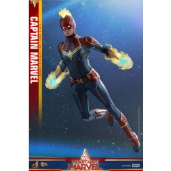Hot Toys Captain Marvel 1/6 Scale Captain Marvel Regular Version